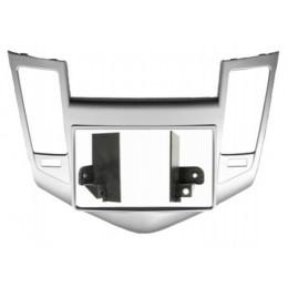 Рамка переходная Intro RCV-N08S (CHEVROLET Cruze 09-12 2din Silver (крепеж))